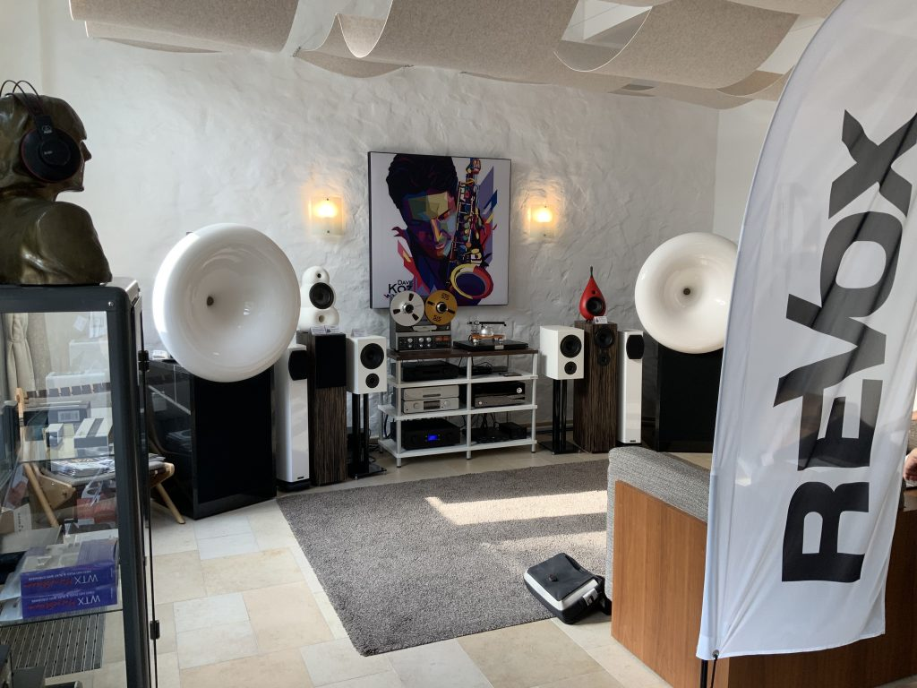 Authentic Sound - Show Room -