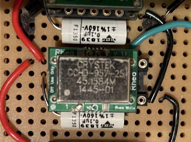 Crystek CCHD-957-25 Clock